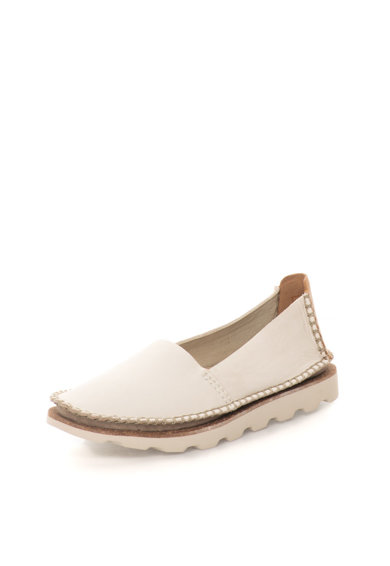 Clarks Pantofi slip-on bej deschis de piele Damara Chic Femei